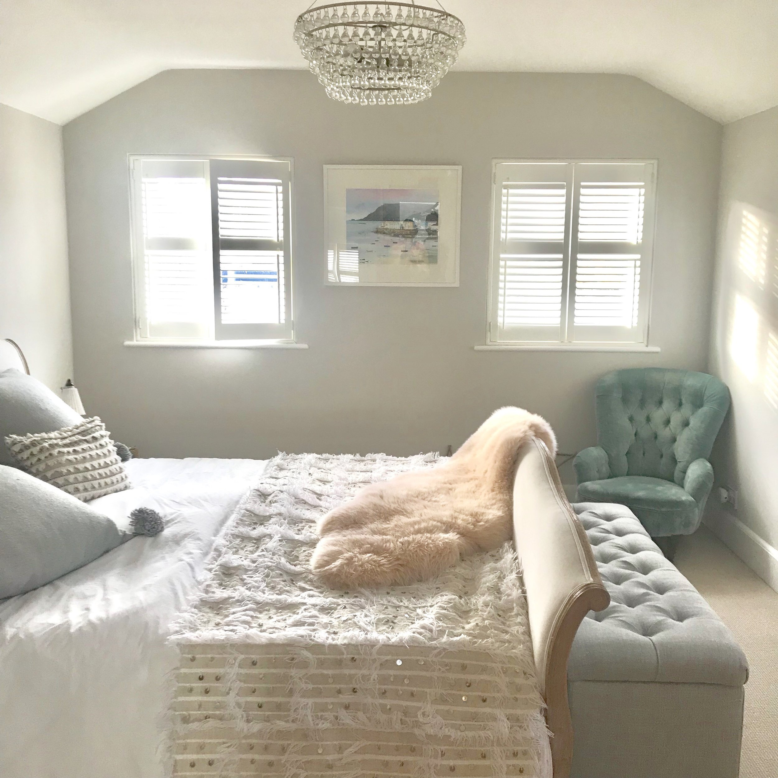 Sheepskin bedroom.jpg