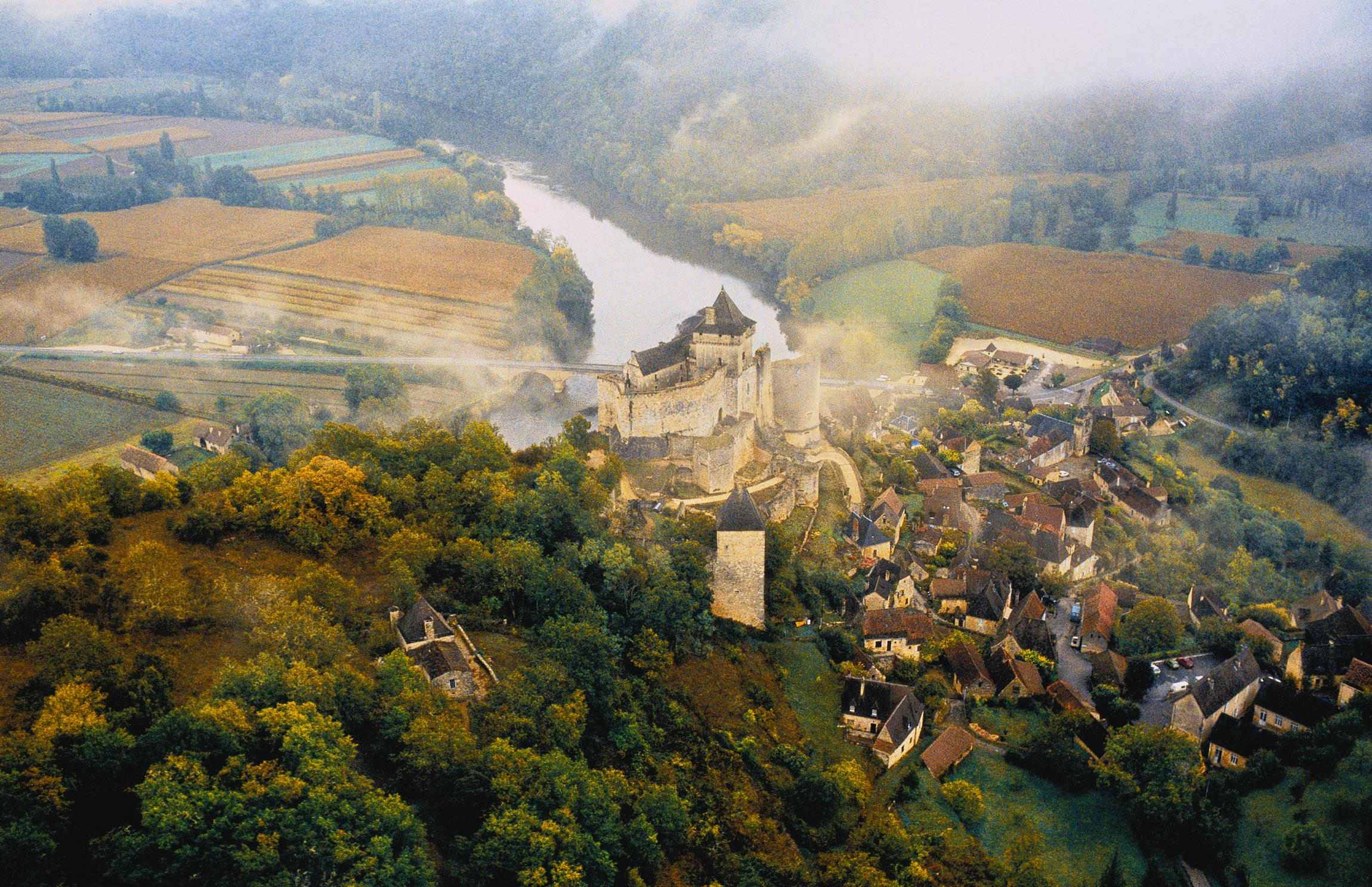 Chateau de Castenaud on the Dordogne