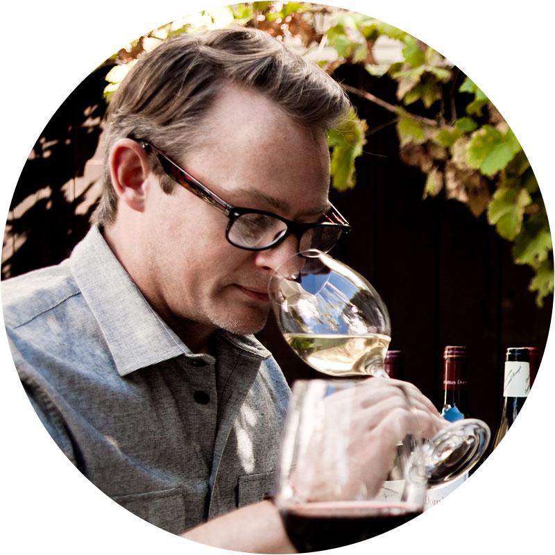 drinks-expert-christopher-hoel.jpg