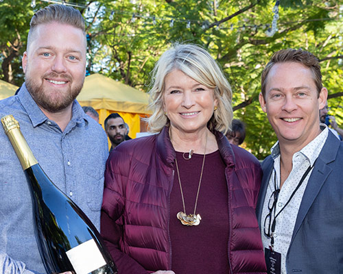 Looking for the Perfect Holiday Wine Pairings? Martha Stewart Can Help    EXTRA TV // DECEMBER 20, 2018