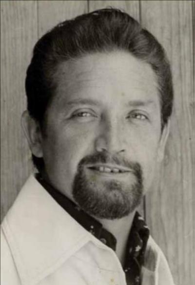 Antonio Crespo, Director del Ballet Nacional de Guatemala durante La Época de Oro (1962-1974).  Fotografía:El Ballet de Guatemala, Revista Galería No. 41, Fundación G&T (2012).