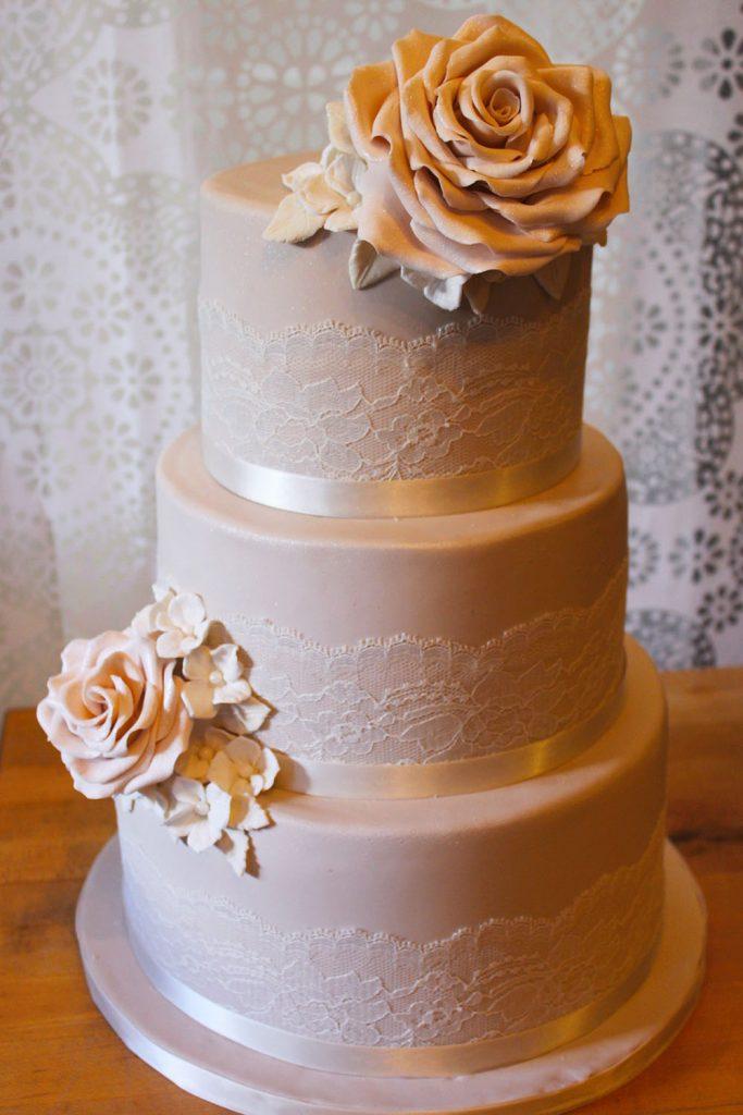 Rose & Lace Damask Wedding Cake