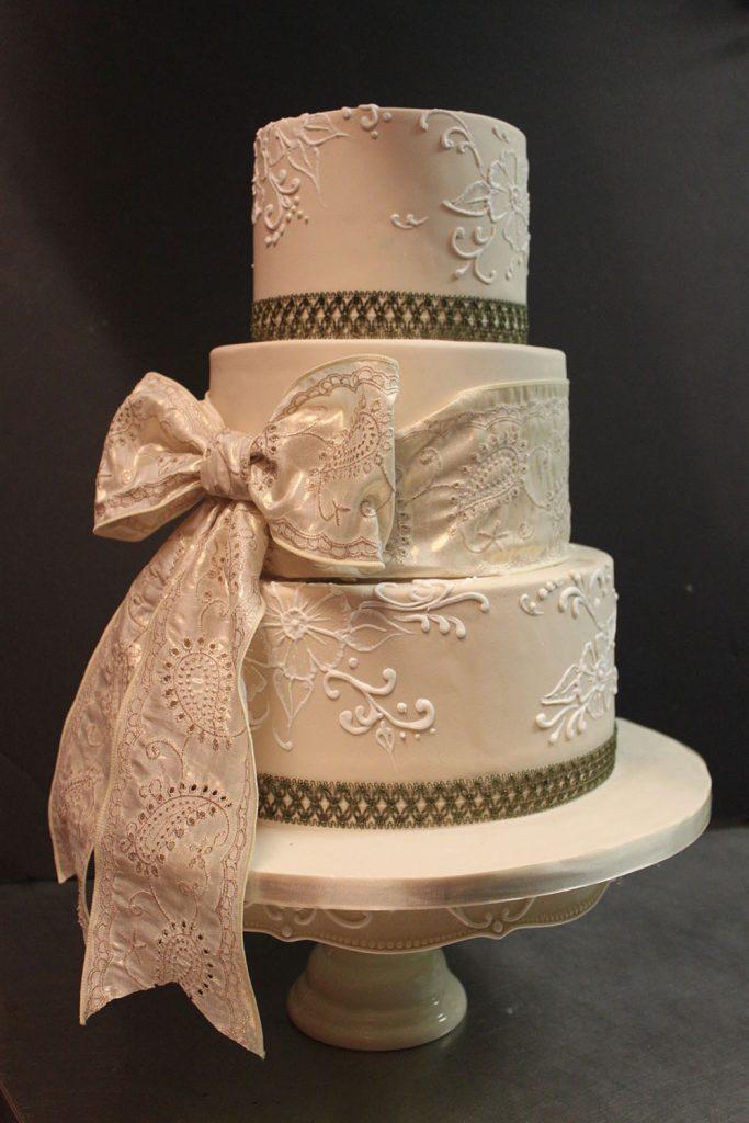 Brushed Lace Bow Wedding Cake