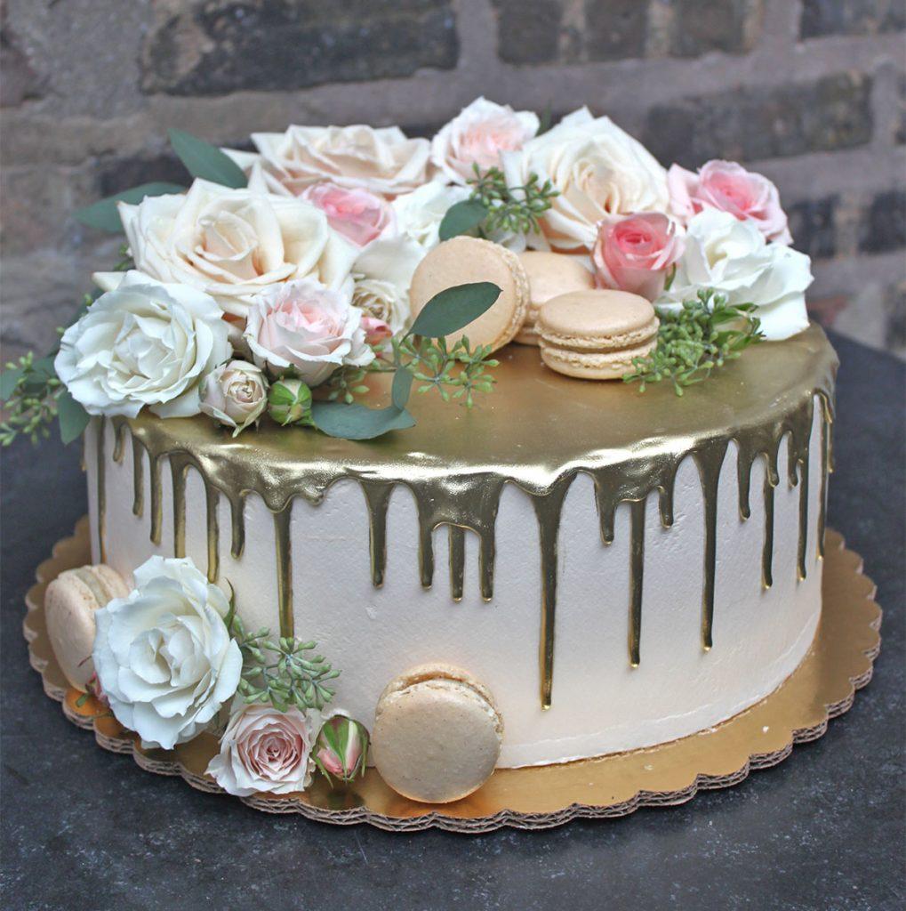 Fresh Floral Macaron Drip Cake