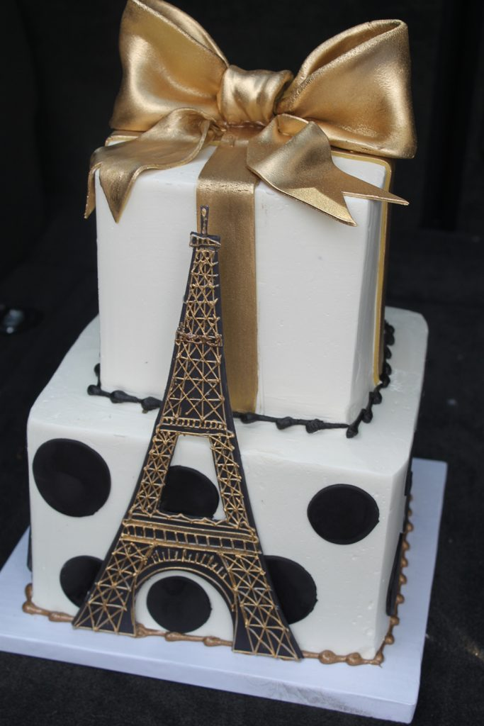 Eiffel Tower Gold Bow Cake