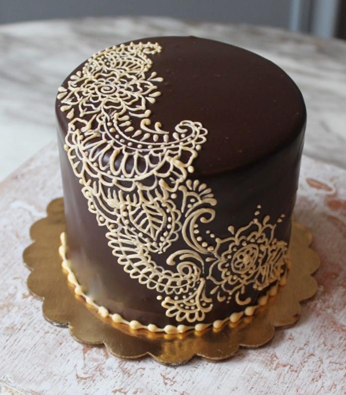 Henna Ganache Cake