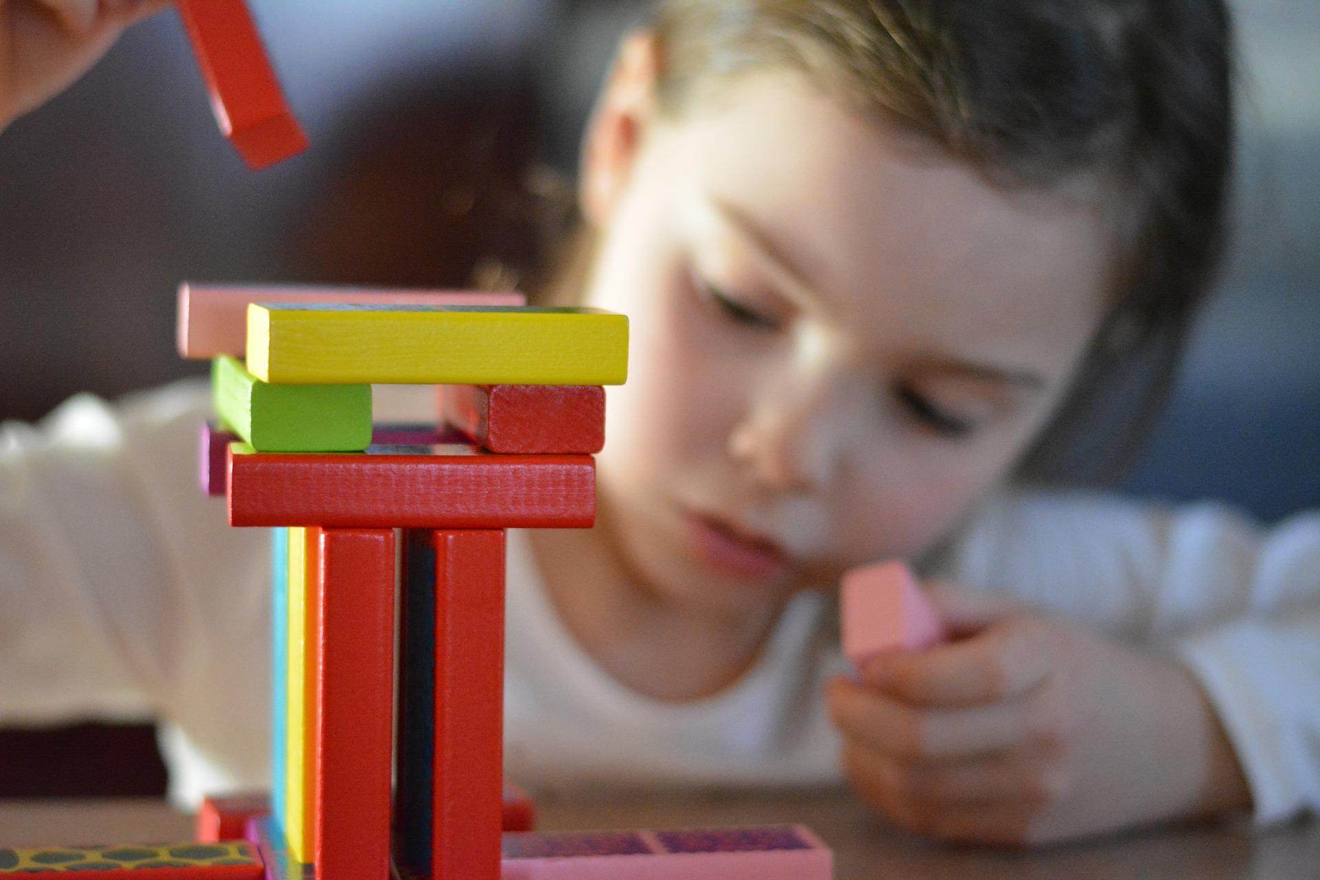 Wat is kindercoaching - Kindercoaching is een laagdrempelige, kortdurende vorm van hulp voor kinderen en jongeren van 4 tot 18 jaar. Ik help het kind om zelf oplossingen te zoeken en zo zijn eigen doel te bereiken.Bij mij staat jouw kind centraal. Ik kijk vanuit verschillende invalshoeken naar het kind en de klacht. Lees verderLees hier informatie geschreven voor uw kind