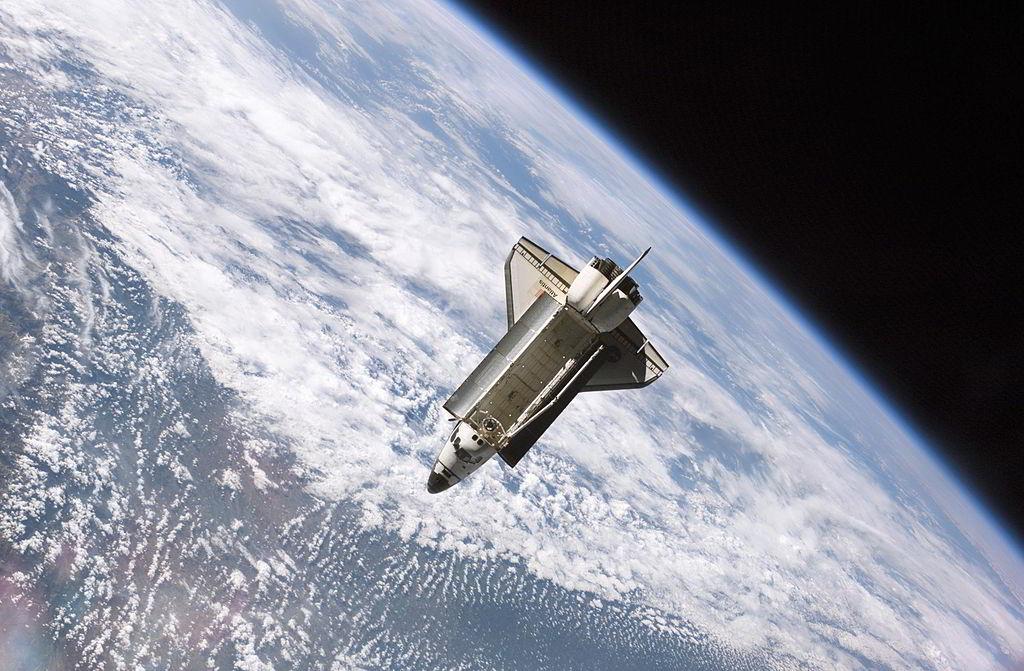 1024px-STS115_Atlantis_undock_ISS_edit2.jpg