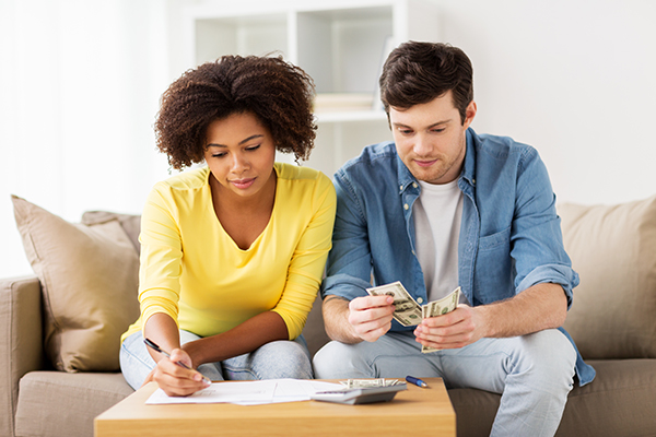 couple_trying-to-afford-housing.jpg