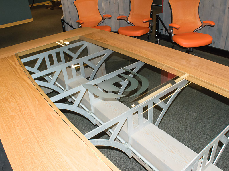 800x600-Design-Conference-Table-11.jpg
