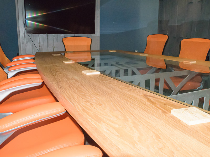 800x600-Design-Conference-Table-21.jpg