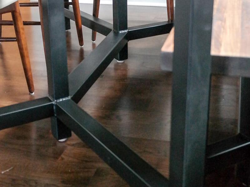 800x600-custom-table-7.jpg