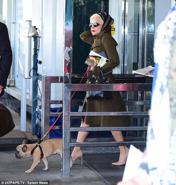 Lady Gaga Hermes Kelly 3.jpg