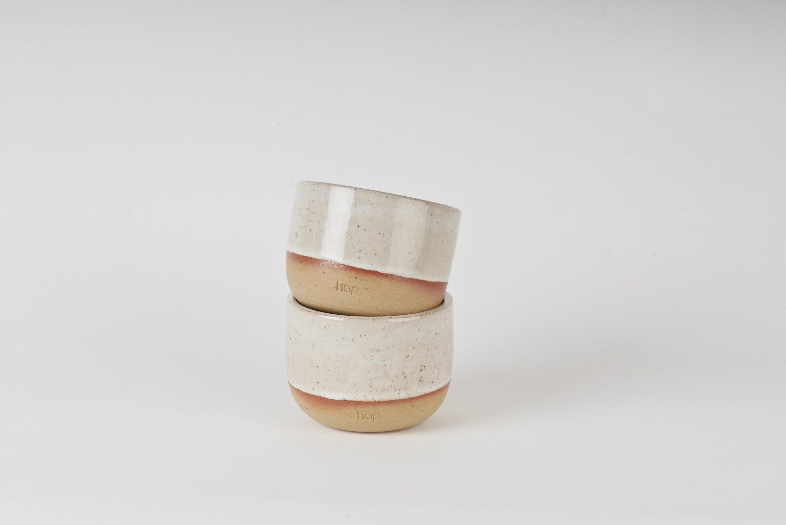 Hap_Keramik_Ceramics_Düsseldorf_Becher_Cups_Kaffee_Cappucino_Flat White_New Wave_Barista_Design_Maxi Hoffmann_Tabletop_Geschirr_Handgemacht.jpg
