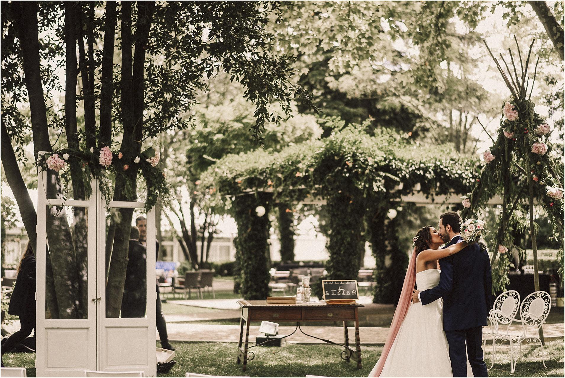 Fotografos-de-boda-donostia-zaragoza-san-sebastian-destination-wedding-photographer-63.jpg