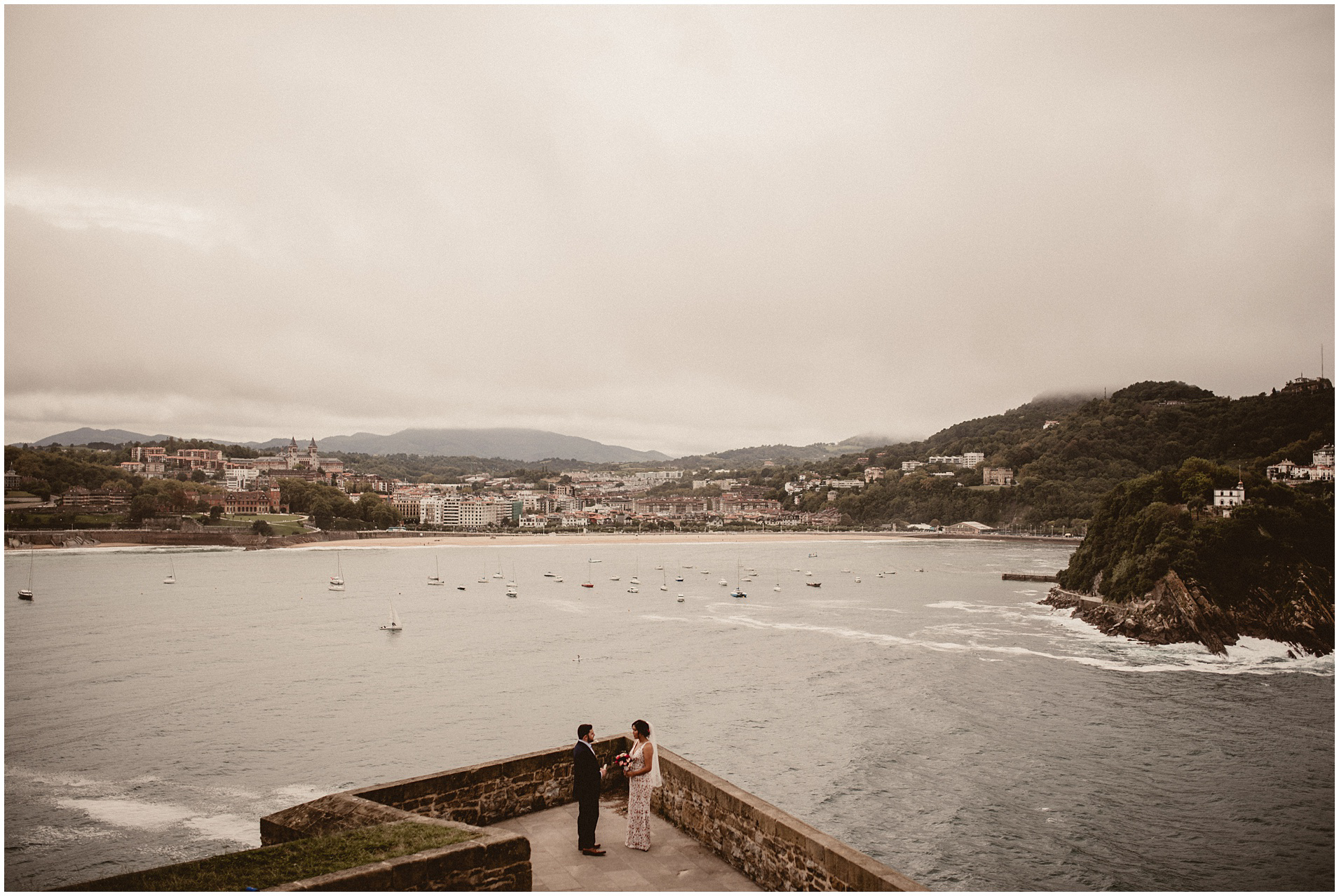 Brian & Julia - Destination wedding in San Sebastián  - Elopement in San Sebastian- ARTEFOTO35.jpg