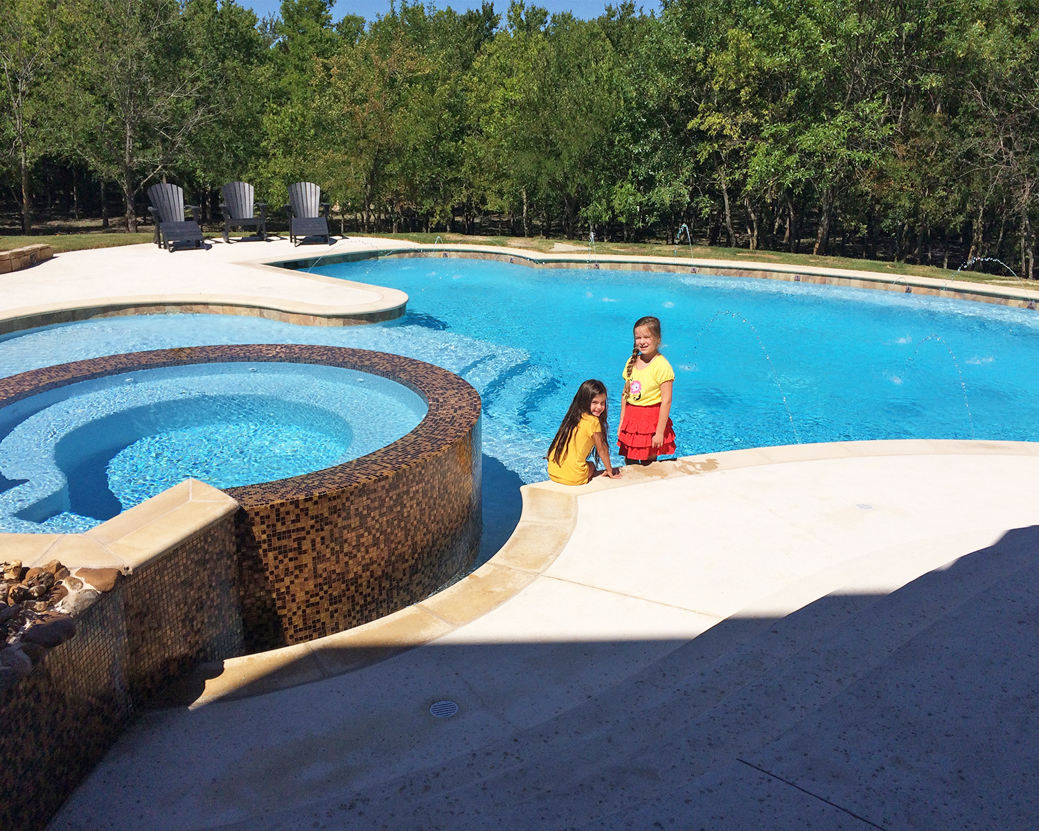 LakePointePools-Cleaning-Custom-new-pool-construction.jpg