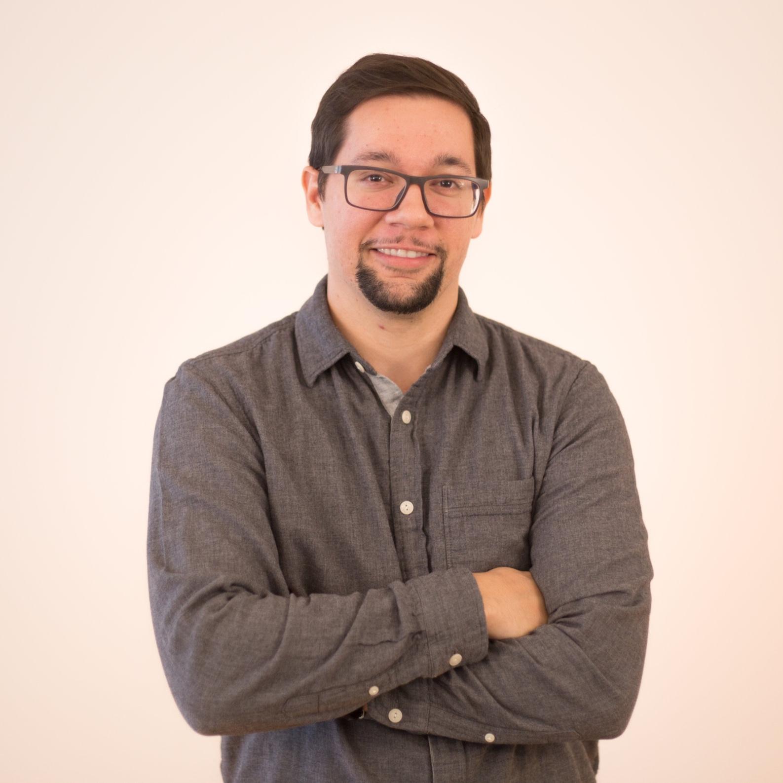 STEVEN DE LAURENTIIS  Project Manager