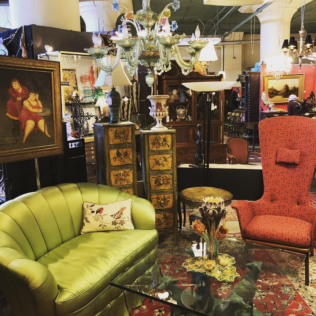 Mahla & Co Antiques - Find storied gifts, antique and vintage home decor, accessories, and more!