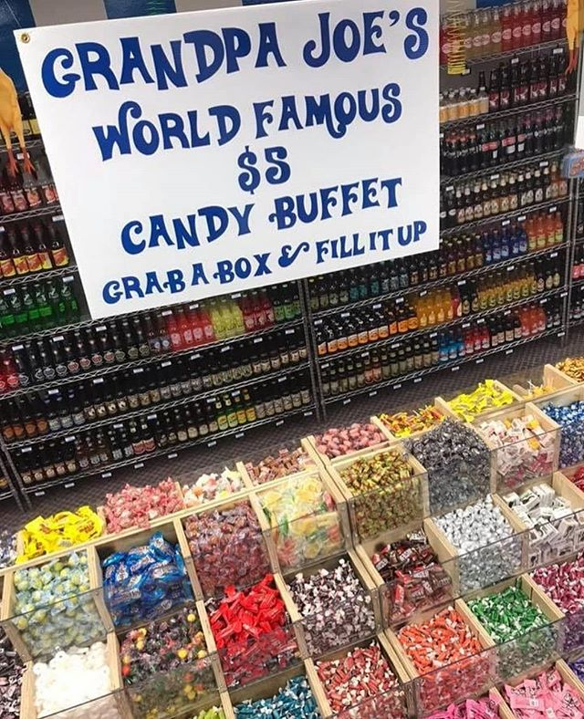 Here's hoping the Easter Bunny shopped at @grandpajoes! #StripDistrict