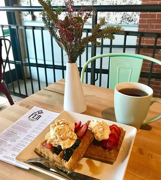 Sunday brunch in the #StripDistrict 💛 . 📸 by @blonde.fromthe.burgh at @defercoffeeandtea