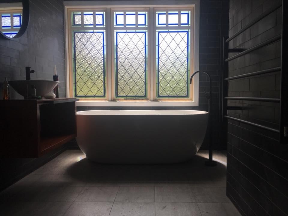 KITCHENS, BATHROOMS + JOINERY