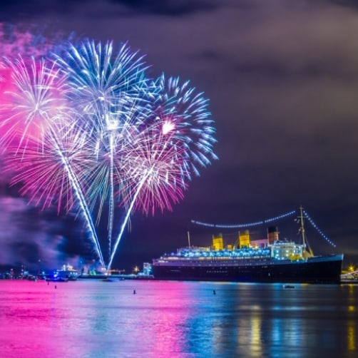 It's going to be a red, white, and blue Fourth of July celebration aboard the Queen Mary. Join us on Thursday, July 4 as we take the stage at the Queen Mary's All-American 4th of July Celebration from 6-10pm. Their event sells out each year, so purchase your tickets early! For more info and to purchase your tickets, visit the link,http://bit.ly/AllAmerican4thofJuly . . . #travelingkeysoc #queenmary #longbeach  #singalong #independenceday #4thofjuly #fourthofjuly #orangecounty #freedom #losangeles #celebrate #wedding #bacheloretteparty #engaged #bestdayever #fundraiser #visitcalifornia