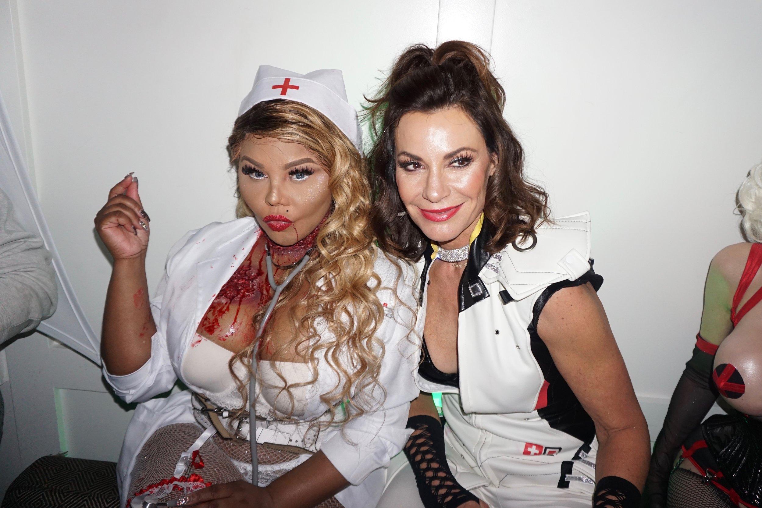 Hospital 849 Celebs - 54 Lil Kim, Luann de Lesseps.jpg
