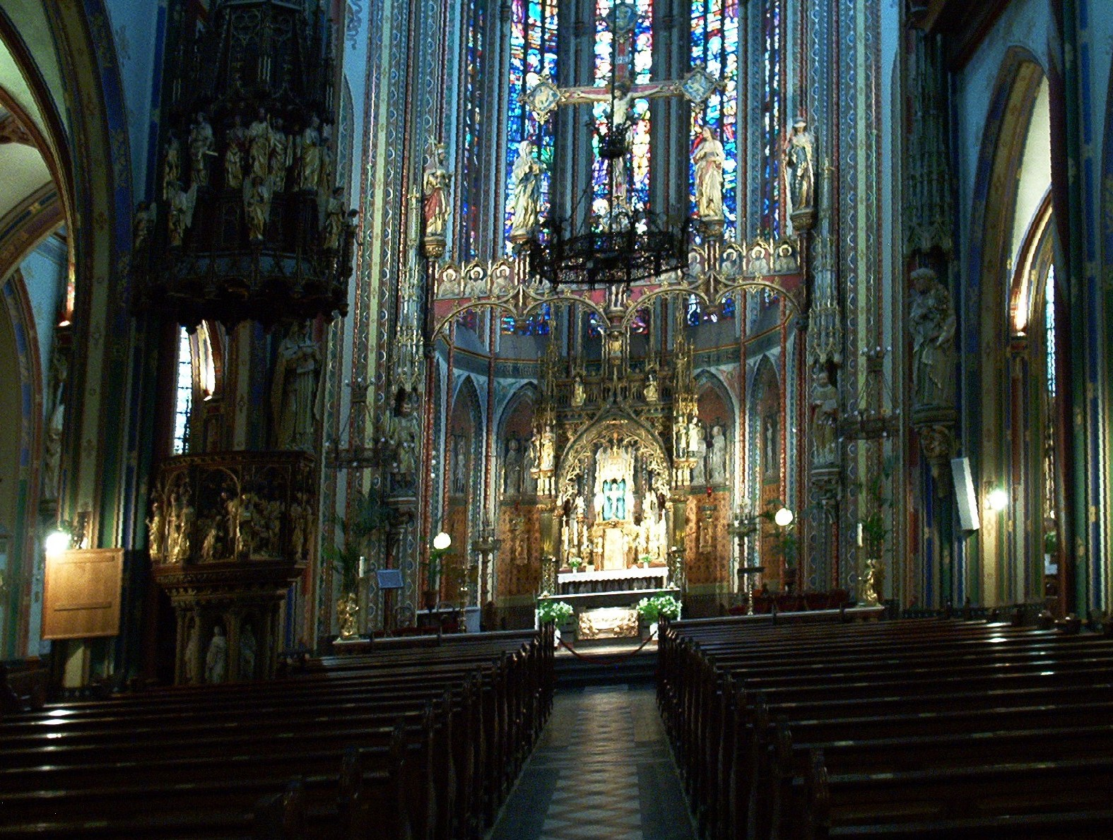 Amsterdam Cathedral (2).jpg