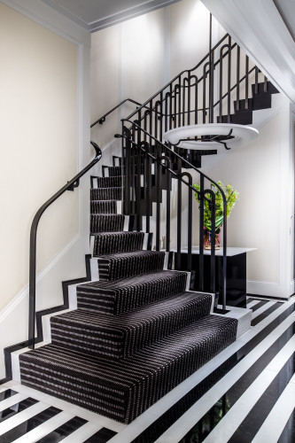 6_Mark-iconic-staircase-333x500.jpg