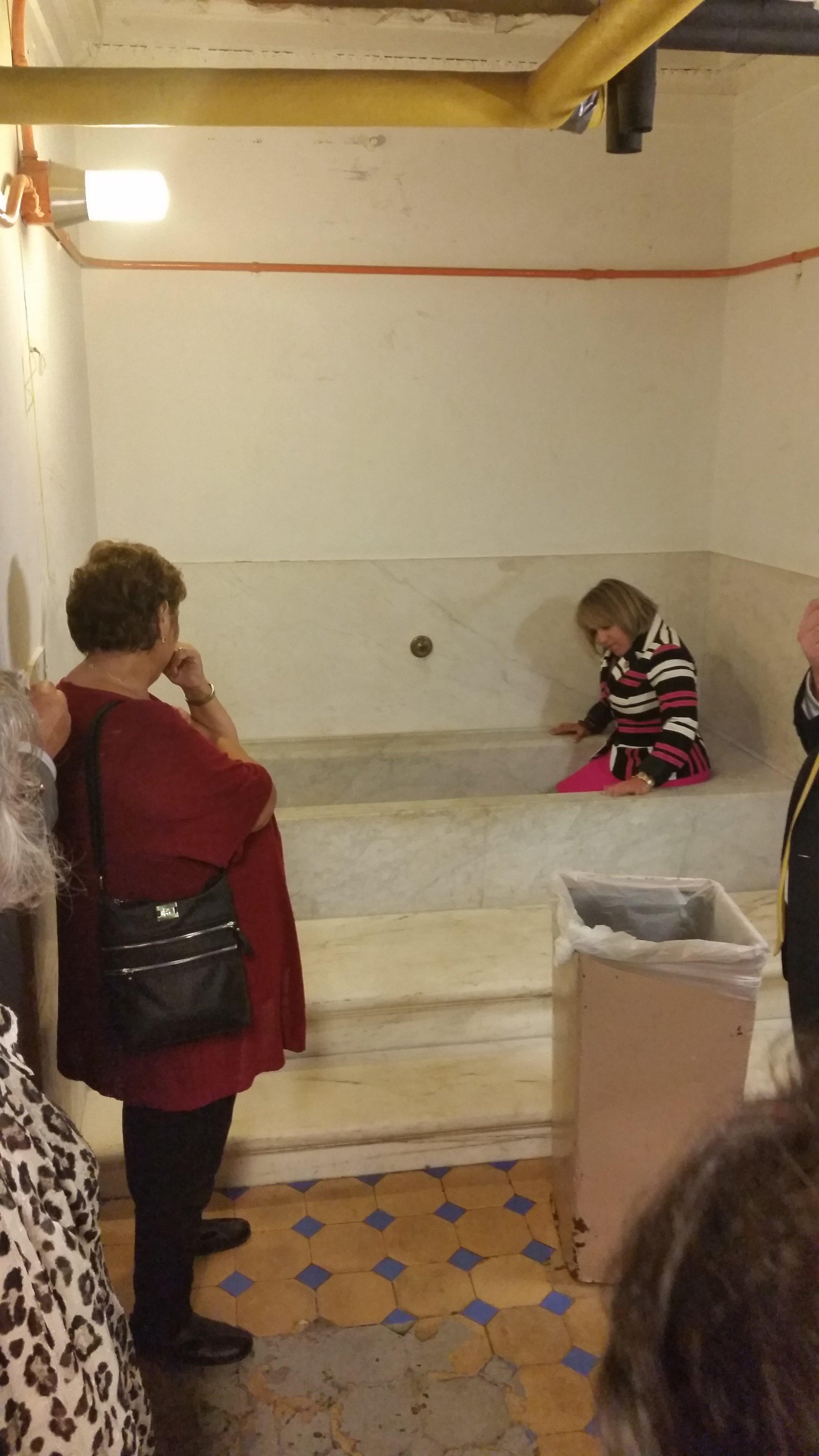 Historic bathtub in the basement of US Capital
