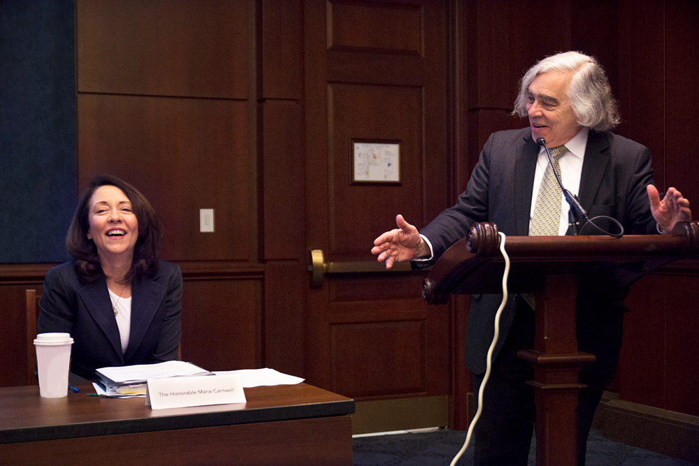 Energy JobsReport Launch  - Ernest J. Moniz, President & CEO of Energy Futures Initiative, welcomes Senator Maria Cantwell, D-Washington, to the launch of the 2018 U.S. Energy and Employment Report on Wednesday. (Photo by Roxie Brown/EFI)Event Video on YouTube