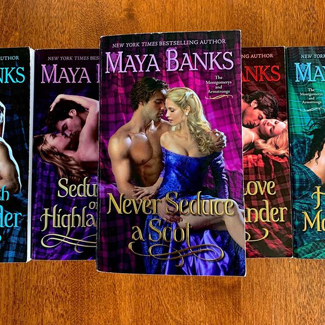 In preparation for KissCon I've been reading a lot of new-to-me-authors while also rereading some of my favorite authors that will be in attendence. Unfortunately, Maya Banks isn't going to be at KissCon anymore 😭!!! . . I was in the middle of my reread of Never Seduce A Scot when I found this out but I'm still going to finish it because It is probably my favorite book of hers. Actually, it's one of my top favorite romance books ever. . . I can't believe KissCon is next week. It felt like it would never arrive. I'm so excited! I have my schedule all planned out and I'm ready to hit this book convention with everything I have! . . Do you ever reread your favorite books? . . #mayabanks #neverseduceascot #reread #historicalfiction #historicalromance #literarylovebooks #kisscon #bookaesthetic #bibliophile #bookobsessed #biblio #booksbooksbooks #books #romance #currentlyreading #bookjunkie #bookworm #bookstagram @mayabanks @avonbooks