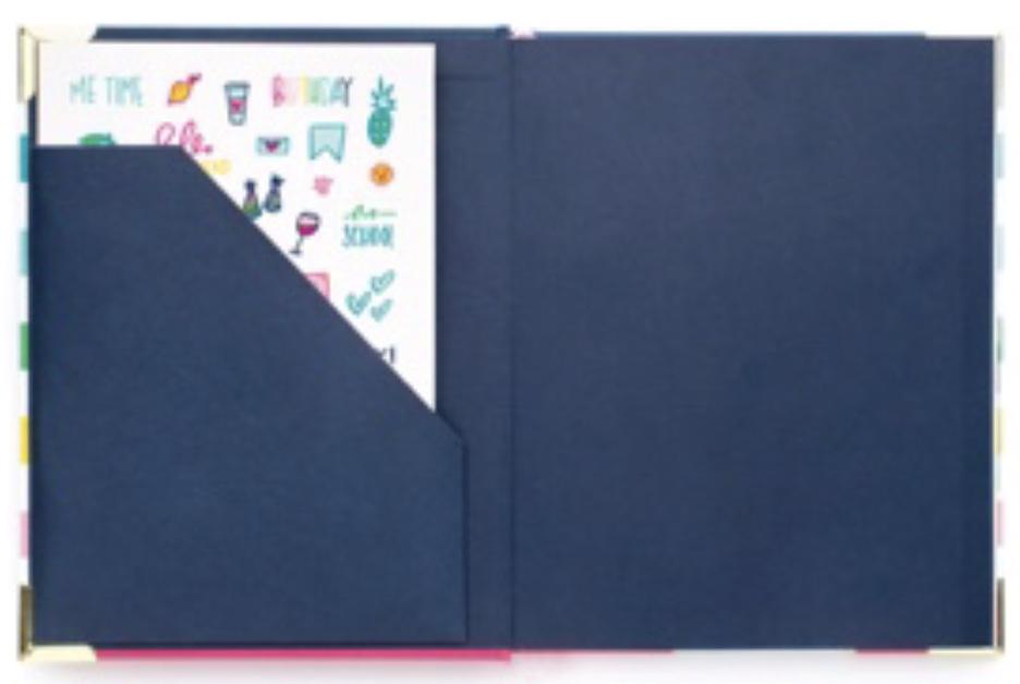 Pocket folder in the Weekly Simplified Planner