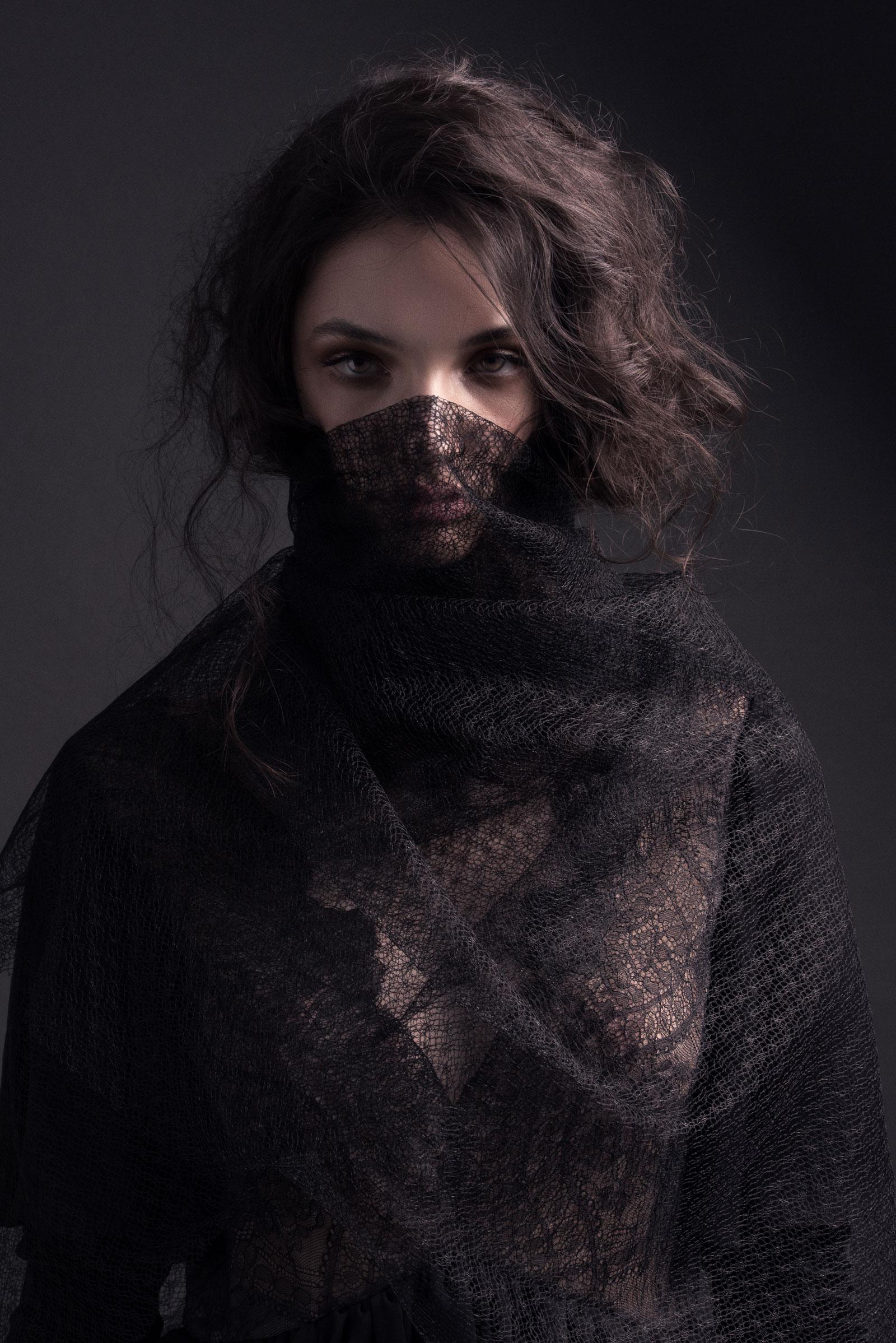 BRVJA_08_Kaitlyn_Menere_Makeup_Artist_Melbourne.jpg