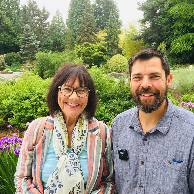 Getting ready to start my talk on summer-dry gardening. So happy and lucky to have my gardening mentor and friend attend and show her support! Thanks Shelagh. . . . . #summerdrygardening #summerdry #horticulture #bellevuebotanicalgarden #landscapedesign #thirdspring #droughttolerant #droughttolerantlandscape