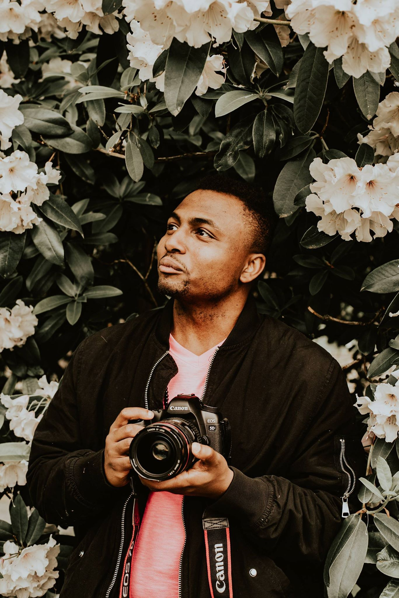 DeShaun Washington - My name is DeShaun Washington, of Boudoir by Dynasty. I'm a Seattle based boudoir photographer.I graduated from the Art Institute of Seattle back in December 2017. While in school I learned how to craft my lighting and portrait abilities to be able to create both beautiful and sensual photos.Have a special someone you want photos done for? Just want to feel beautiful? No matter your reason, contact me to help you see the beauty that is you.