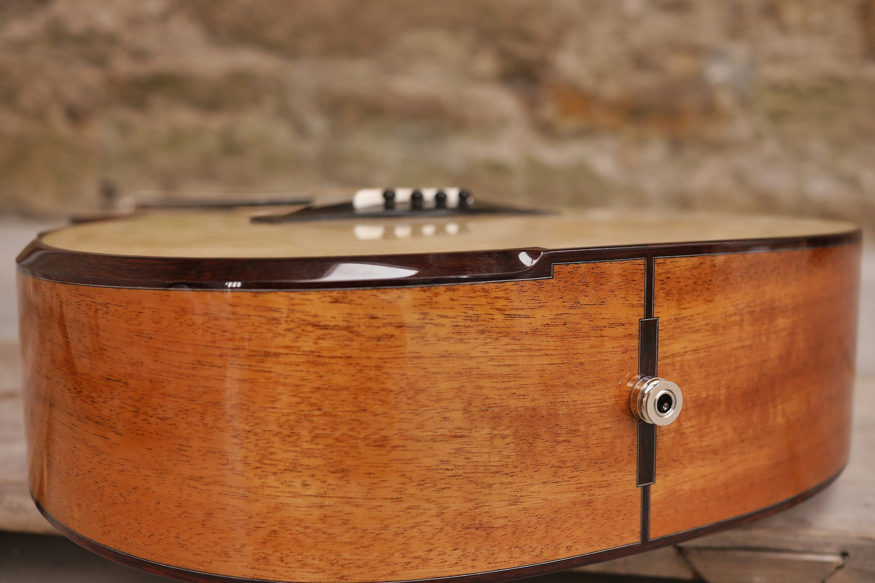 Micro Bevel in Madagascan Rosewood