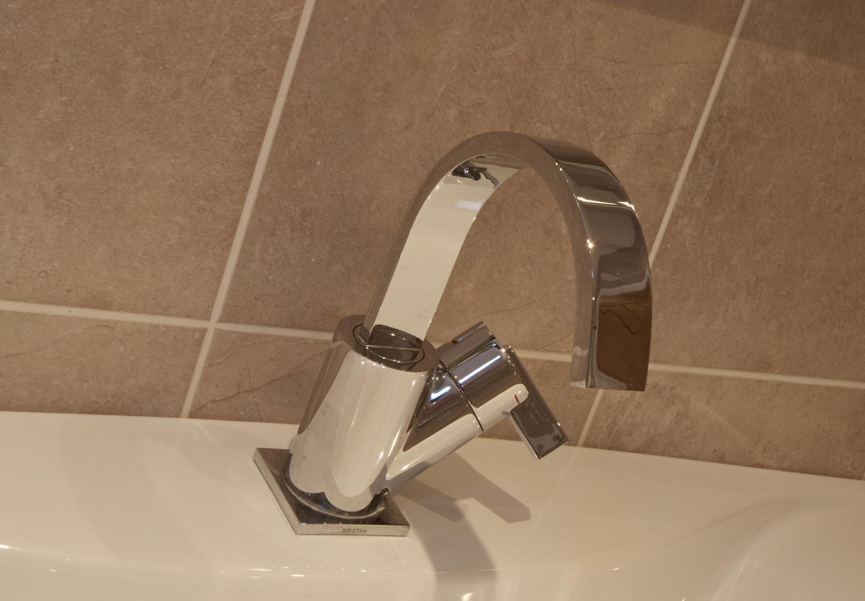 SteilCyf-Bathroom-2-b.jpg