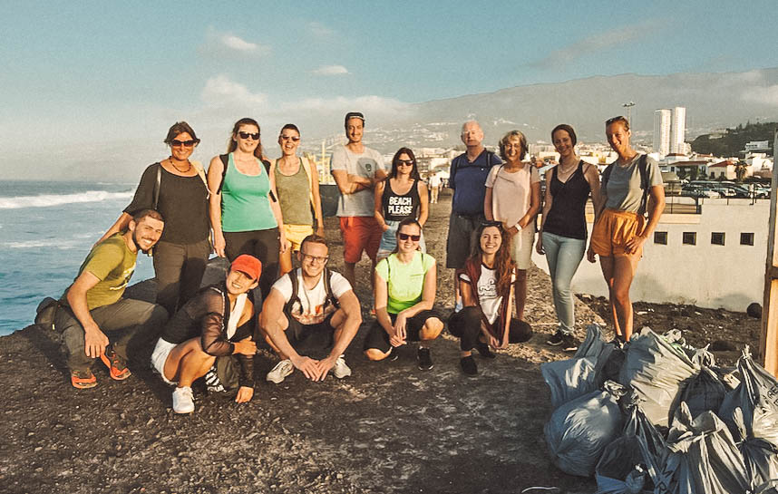 beach-cleanup-nine-coliving (1 of 1).jpg