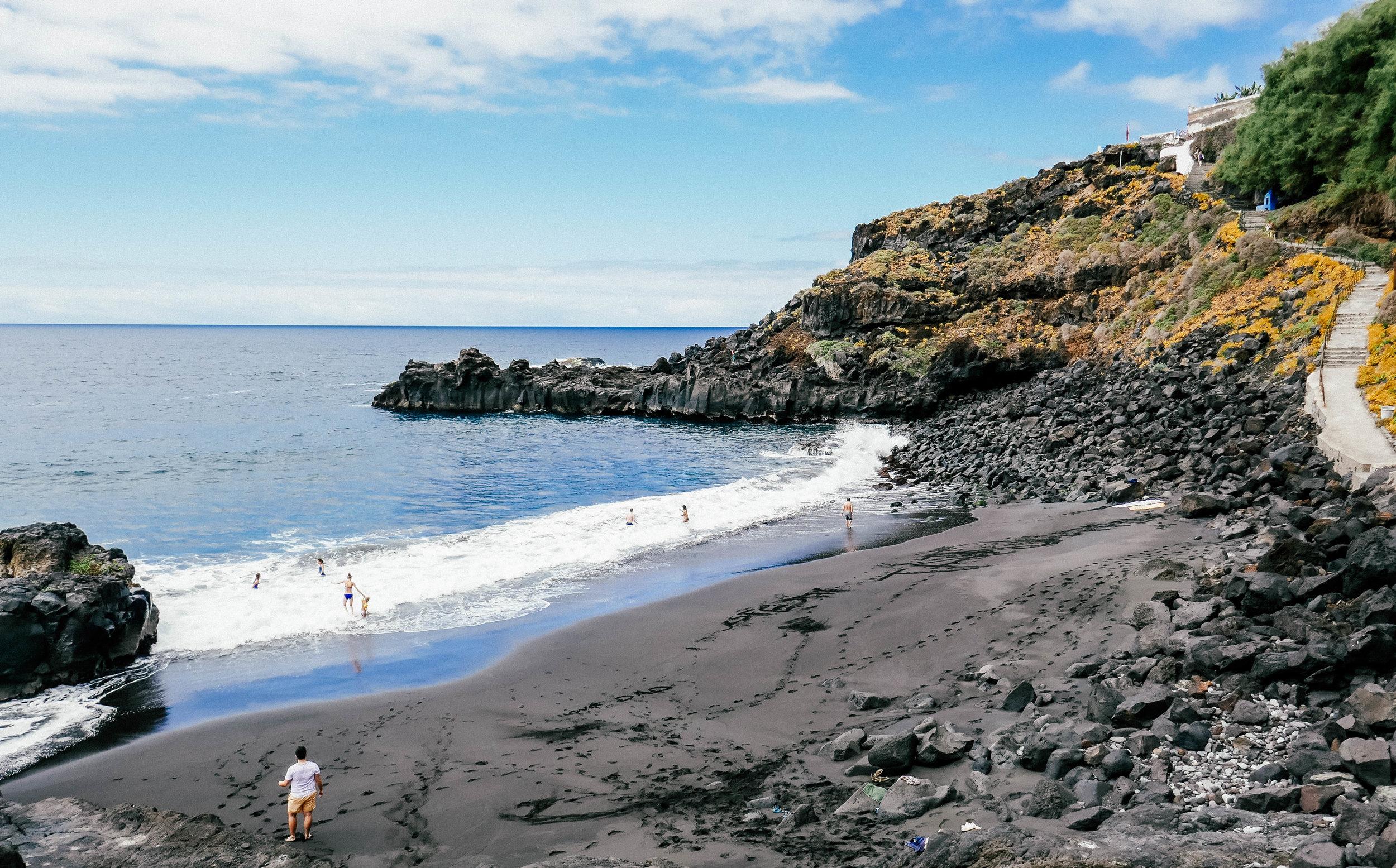 nine-coliving-bollullo-beach-down (1 of 1).jpg