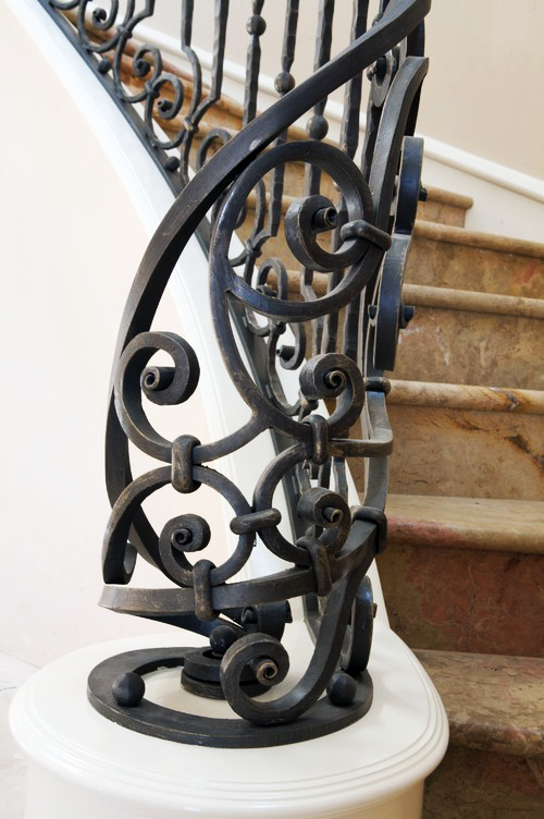 Ornate Wrought Iron staircase railings | Melbourne