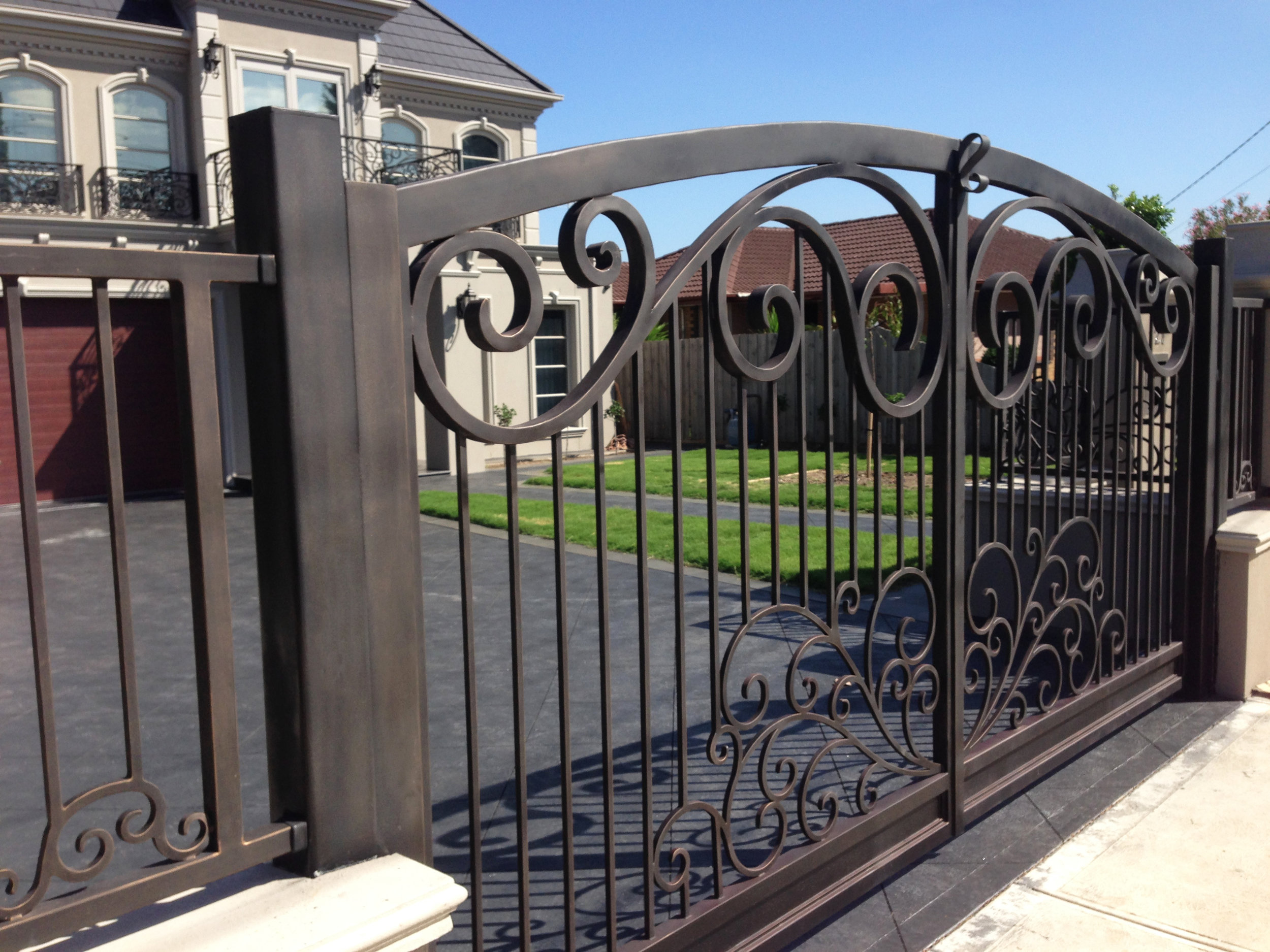 Traditional style wrought iron gate| Melbourne
