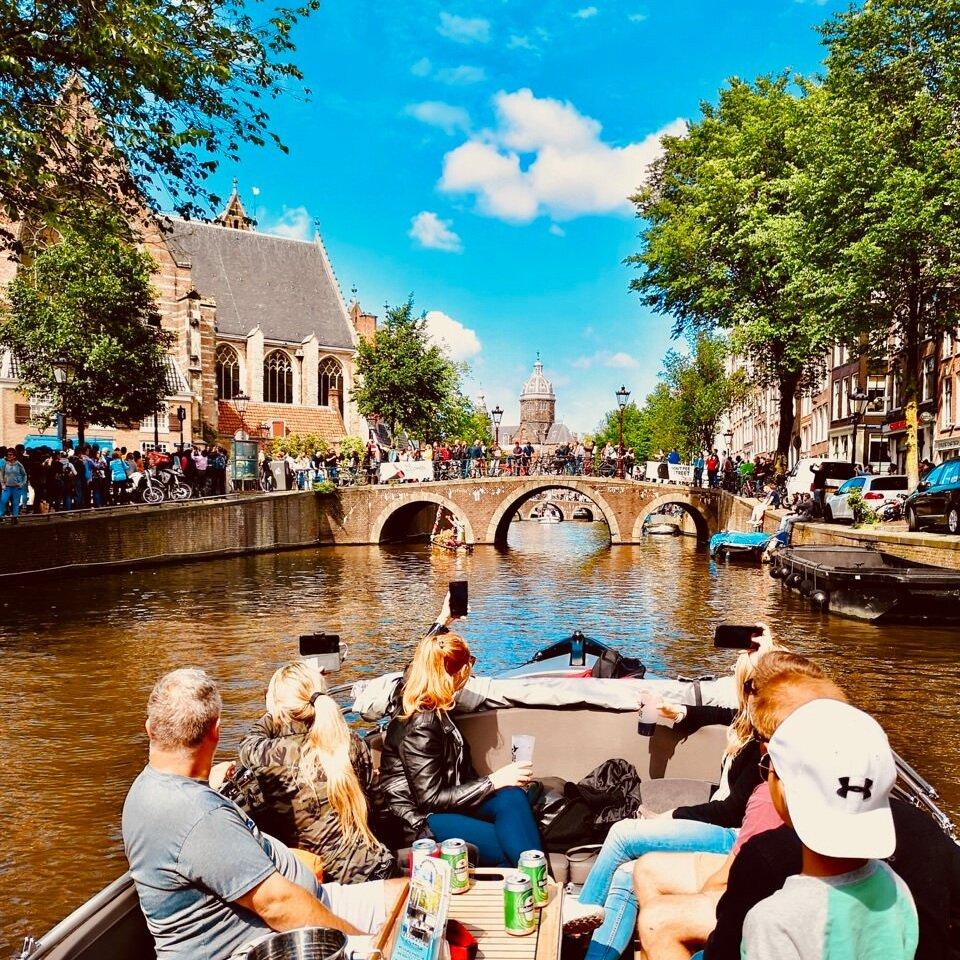 open boat tour Amsterdam