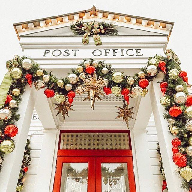Hey those cards in the mail! Today is probably the last day to ensure in time for Christmas Day. Cutest pic by @kaylynvial of the post office in Seaside. 💌🎄 #seasidefl #30a #30awedding #weregettingmarried