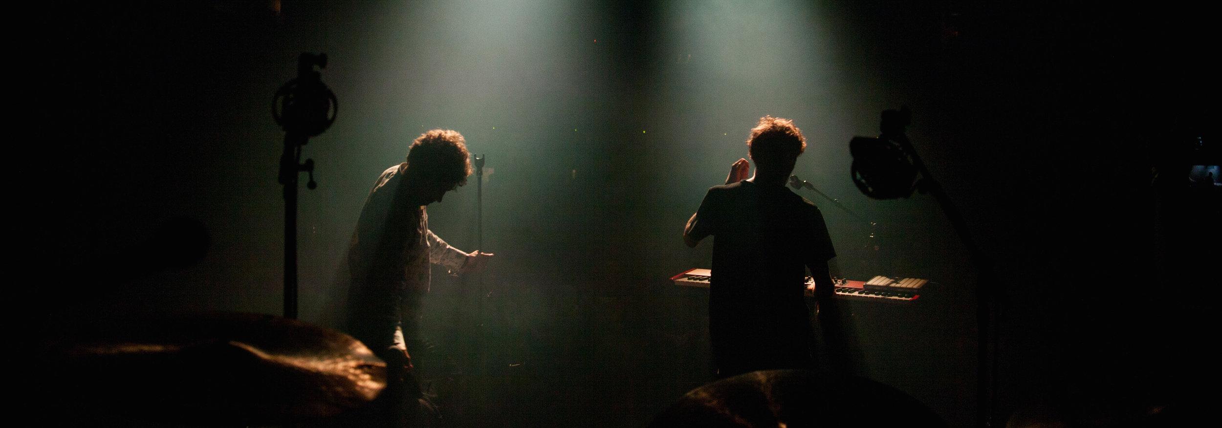 R.O Kono live pic 1.jpg