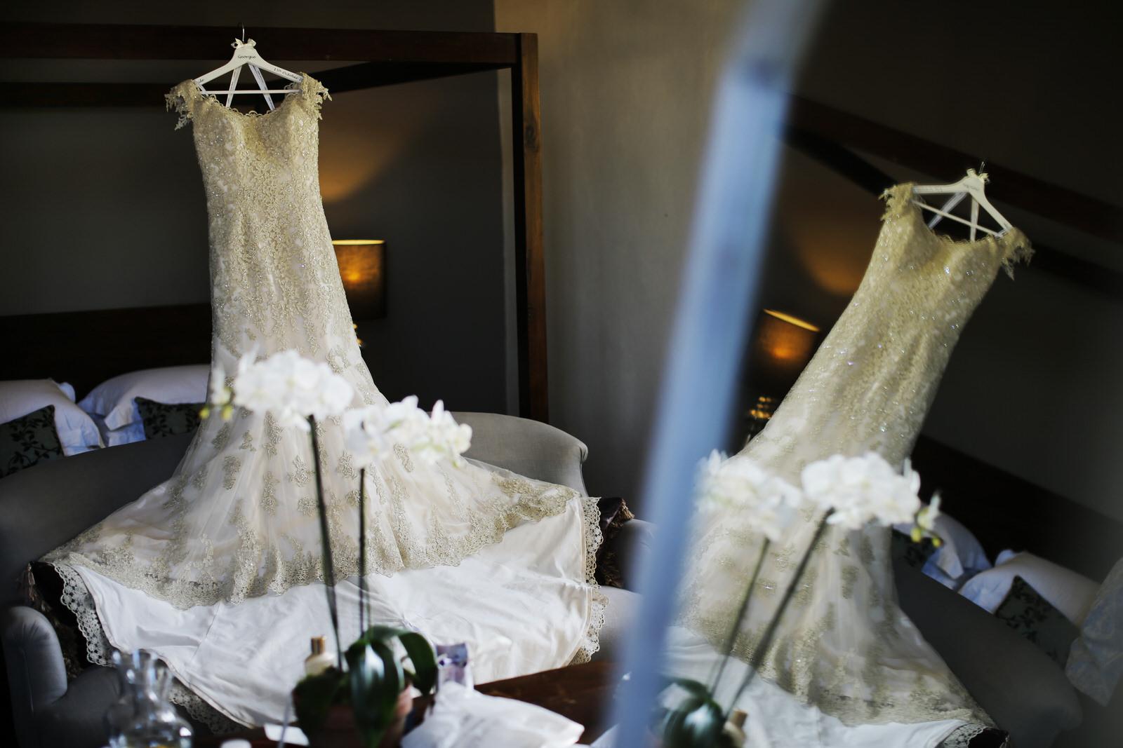 chateau-rigaud-weddings_0005.jpg