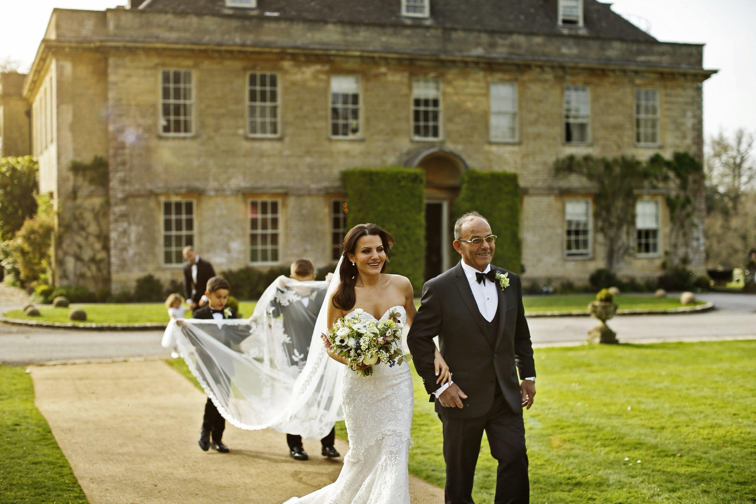brettharkness-luxury-wedding-photographer-uk_0026.jpg
