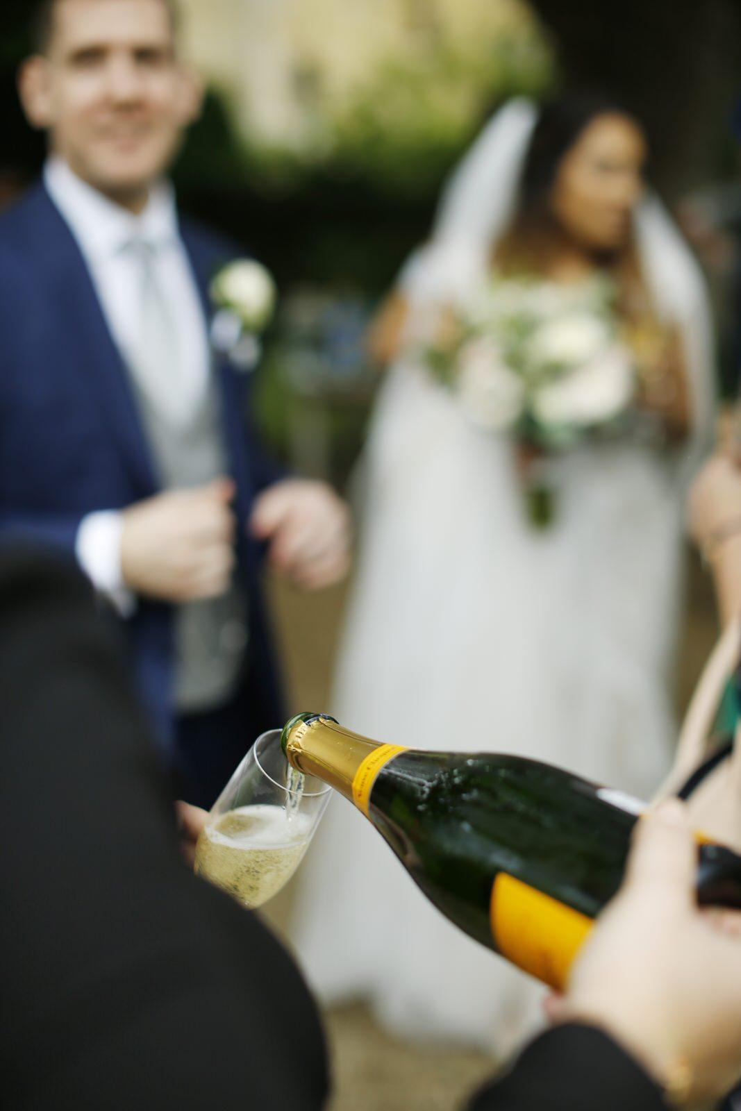 Brettharkness-sudeley-castle-wedding-photographer_0021.jpg