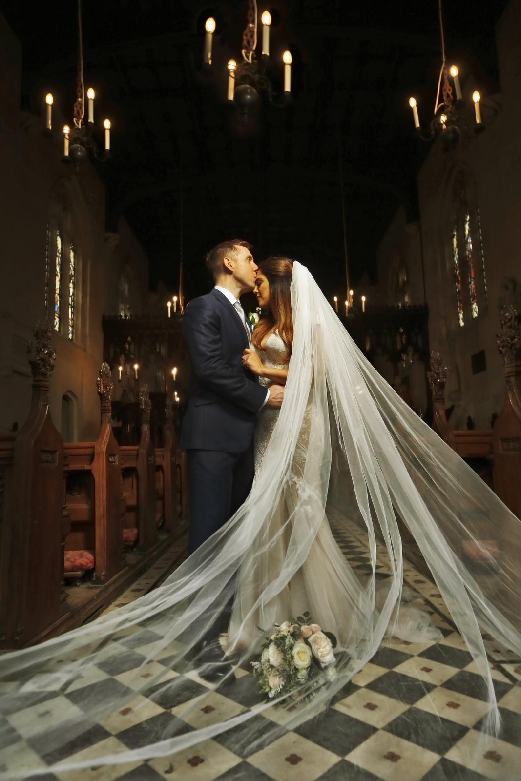 Brettharkness-sudeley-castle-wedding-photographer_0034.jpg